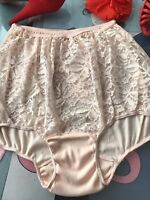 1950's vintage nylon lace panties - high waist brief - mushroom gusset SMALL 5