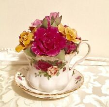 Royal Albert OLD COUNTRY ROSES Porcelain TEA CUP Music Box Pachelbel Canon In D