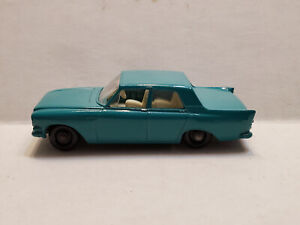 Vintage Lesney Matchbox #33 Ford Zephyr 6 Blue/Green with Tow Hook 1963