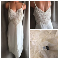 60's VANITY FAIR Slip White Nylon Sheer Floral Fancy Lace Over Chiffon Bodice 38