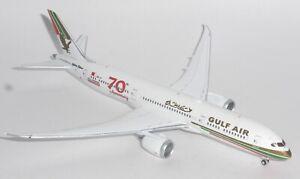 Boeing 787-9 Gulf Air Retro Gemini Jets Collectors Model Scale 1:400 GJGFA1909 p