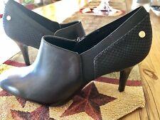 "NEW! CALVIN KLEIN Jeanine Cabr Leather US Women's Sz 9.5 M 3"" Black Heels NEW!"