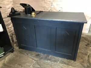Small Vintage Bar Cafe Restaurant Coffee Shop Display Counter