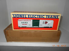 LIONEL #19938  1995  christmas boxcar