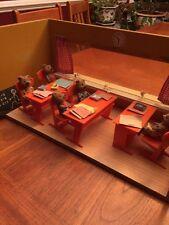 RARE Vintage Kunstlerschutz Wagner Bear School 5 Bears And Furniture & Classroom
