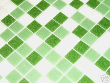 glasmosaik mosaik fliesen bad pool dusche grün weiss