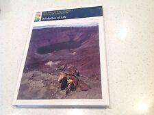 SCIENCE ENCYCLOPEDIA BOOK ,EVOLUTION OF LIFE, AS NEW  BEST SELLER,  BARGAIN