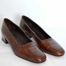 Sesto Meucci Womens 8.5 N Pumps Brown Leather Embossed Low Block Heel Dress Shoe