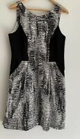 VERONIKA MAINE divine Printed pocket Dress Size 14