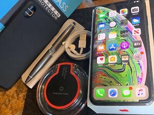 Apple iPhone XS MAX (256gb) Cricket/ AT&T/ h2o (A1921) black Open-Box {iOS13}98%