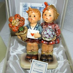 HUMMEL JUBILEE FIGURINE 416 THE LOVE LIVES ON 50TH ANNIVERSARY COLLECTOR'S CLUB