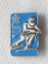pin's JEUX OLYMPIQUES - CALGARY 1988 - Ski Alpin -descente - avec attache -