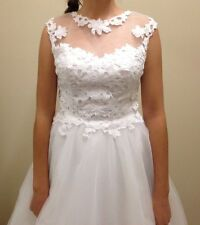 Beautiful Lace Nicolina Deb dress size 6