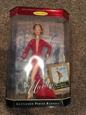 Marilyn Monroe, Gentlemen Prefer Blonds Red #17452 97 Barbie Collectible