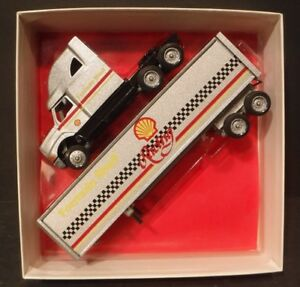 Winross Formula Shell Racing Truck Tractor/Trailer Rig Trucker 18 Wheeler Gas