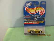1998 HOT WHEELS FLYIN' ACES SERIES SOL-AIRE CX4 YELLOW  3/4  #739 (B21)