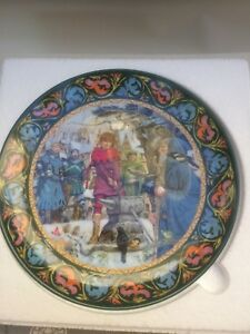 Wedgewood The Legend of King Arthur 'Arthur Draws The Sword' collectors plate