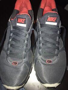 Nike Shox Turbo 10 - Mens Size 10.5
