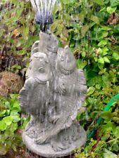 Wasserspeier Koi Springbrunnen frostfester Steinguss patiniert