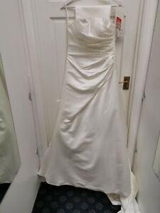 Tiffanys alice Wedding Ball Gown Ivory Dress size 6 BNWT