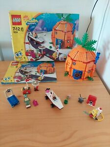 LEGO 3834 Good Neighbours at Bikini Bottom  with Instructions and box