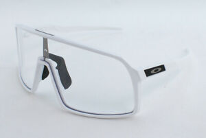 Oakley Sutro OO9406A-2137 Asian Fit Sunglasses - Polished White/Clear