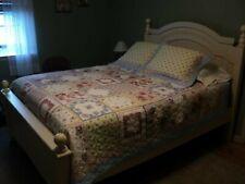 Jc Penney Full Queen Quilt Set Floral Pattern w/ 2 standard Pillow Shams