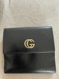Gucci purse Genuine Leather. Used But In A Mint Condition. Soft Leather.