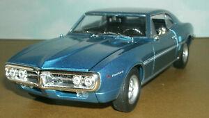 1/24 Scale 1967 Pontiac Firebird L76 H.O. 326 Diecast Model - Welly 22502 Blue