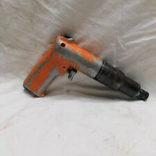 "Cleco Pneumatic 1/4"" Reversible Orange Screwdriver with Trigger 8RSCO-20BQ"