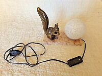 Ancienne lampe chevet-écureuil art-déco-veilleuse boule blanche-verre moucheté