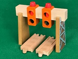 Thomas and Friends Wooden Railway OVER TRACK manual SIGNAL for BRIO train set
