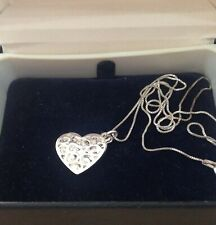 'SISTERS' - SPECIAL PRELOVED STERLING SILVER TWO-HEARTS NECKLACE
