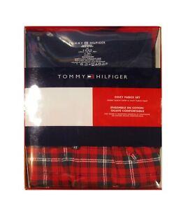 Tommy Hilfiger Men's Navy T-Shirt & Plaid Pant Cozy Fleece Set Gift Box