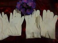 lot  gants  2paires  blancs ,taille 5 et 6,5  t bon état