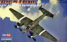 HobbyBoss Soviet PE-2 Bomber Version No.5 & 16 Petlyakov 1:72 Modell-Bausatz kit