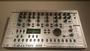 Quasimidi Rave-O-Lution 309 Synthesizer Drum Machine Sequencer w/ Adapter