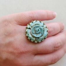 Victorian Cameo: anello in filigrana con rosa magnesite e strass verde acqua