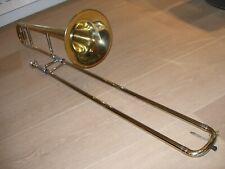 Holton TR 101 Tenor B-Posaune Zugposaune Trombone Koffer Case Mundstück neu !