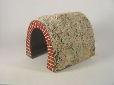 alter Tunnel aus Holz u. Masse v. Kibri  Spur HO  - #272  #E