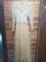 VINTAGE ANTIQUE EARLY 1900'S HANDMADE ANTIQUE WHITE WEDDING DRESS,VEIL FULL SLIP