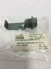 SCHNEIDER SQUARE D Reset Switch 80420-831-51