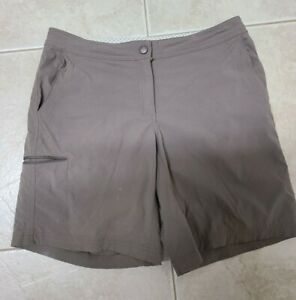 L.L.BEAN WMNS SZ 8 BROWN SHORTS