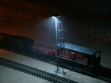 LO30W - CR SIGNALS OO GAUGE DOUBLE WARM WHITE LED YARD LIGHT