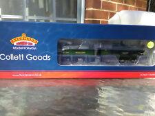 Bachmann Collett Goods 2251 GWR Green Churchward Tender 32-304a -