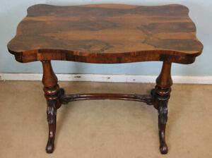 ANTIQUE VICTORIAN QUALITY ROSEWOOD SIDE / CENTRE TABLE