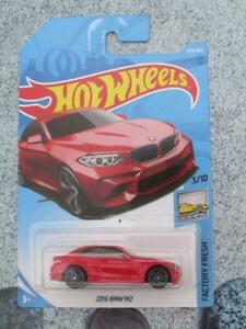 Hot Wheels 2018 #254/365 2016 BMW M2 red Factory fresh Long Card