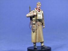 Resicast 1/35 BEF (British Expeditionary Force) Soldier in Greatcoat 1940 355629