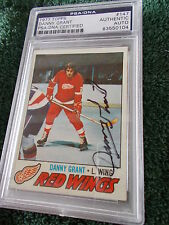 DANNY GRANT HAND SIGNED 1977 TOPPS CARD PSA ENCAPSULATED