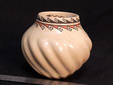 """Jemez Pueblo Swirl Pot by Juanita Fragua 6"""" x 5 1/2"""""""